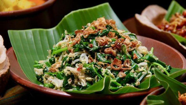 Masakan tradisional ini memiliki beberapa variasi di tiap daerah. Berikut lima resep urap sayuran yang enak ala rumahan yang bisa menjadi pilihan Anda.