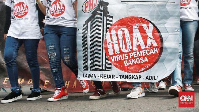 Deklarasi anti Hoax oleh Red Dragon Community yang di dukung oleh Polda Metro Jaya, di Bundaran Hotel Indonesia. Jakarta. Minggu, 15 April 2018. CNN Indonesia/Andry Novelino