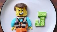 <p>Nggak cuma itu, Emmet dari film 'Lego The Movie' pun ada. (Foto: Instagram/ @jacobs_food_diaries) </p>