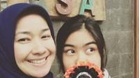 <p>Tahun ini si anak gadis bernama lengkap Namira Adjani ini genap berumur 19 tahun, Bun. (Foto: Instagram/ @arohali) </p>