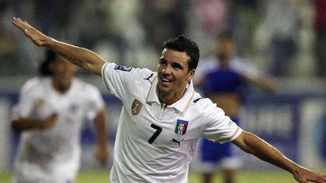 Antonio Di Natale menjadi pemain yang berhasil mencatatkan 55 umpan pada laga terakhirnya bersama timnas Italia di fase grup Piala Dunia 2010.