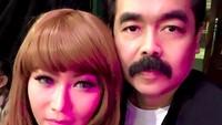 <p>Buat Inul Daratista, kesuksesannya saat ini nggak luput dari peran dan dukungan sang suami tercinta. (Foto: Instagram/ @inul.d)</p>