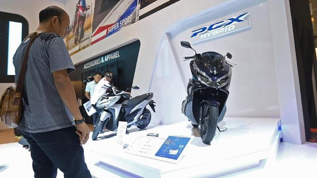 Skutik matik mesin 150 cc dinilai mudah dikendarai dan harganya relatif terjangkau oleh konsumen.