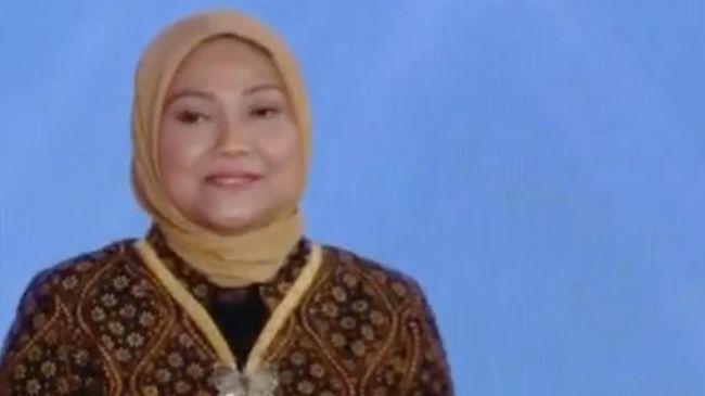 Menaker Ida Fauziyah memastikan bantuan Rp600 ribu per bulan bisa disalurkan ke tenaga honorer asal terdaftar sebagai peserta BPJS Ketenagakerjaan.