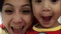 <p>Kompak selalu Mama Gigi dan Raffathar. (Foto: Instagram @raffinagita1717)</p>