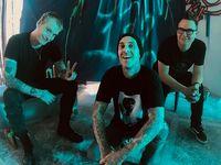 Blink 182 Rekaman Bareng The Chainsmokers, Apa Jadinya?