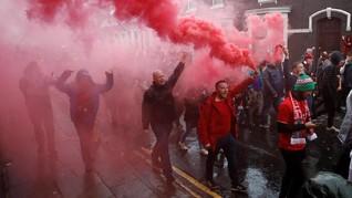 'Tawuran' Pendukung Liverpool-Roma, 1 Orang Dikabarkan Luka