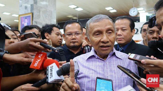 Amien Rais mengatakan Mahathir Mohamad berhasil mengelola isu sebelum memimpin Malaysia. Menurutnya isu proyek Teluk Jakarta sama seperti megaproyek Johar Baru.