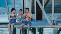 <p>Begini kebersamaan ala keluarga Rayi dan Dila saat liburan. (Foto: Instagram/rayiputra26 via akbarmoose)</p>