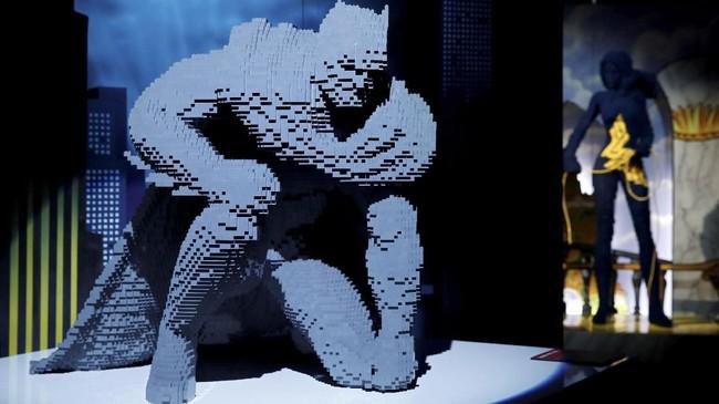 Permainan balok Lego memunculkan imaji unik dengan cara menumpuknya dan membuatnya dalam satu bentuk, termasuk karakter terkenal DC Comics.