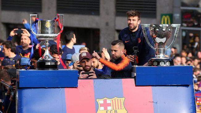 Barcelona Rayakan Gelar Ganda dengan Pawai