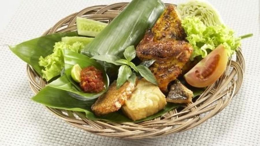 Resep Nasi Timbel, Hidangan Lezat untuk Akhir Pekan Keluarga Bunda