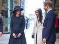 Mengulik Etika Bermesraan William-Kate dan Harry-Markle