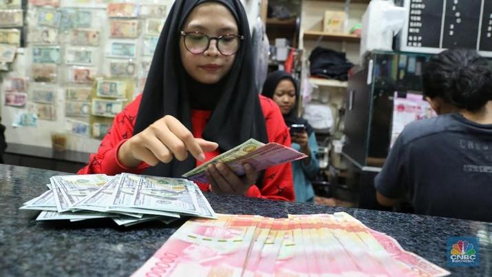 Rupiah Jaya di Kurs Tengah BI, Terbaik Asia di Pasar Spot
