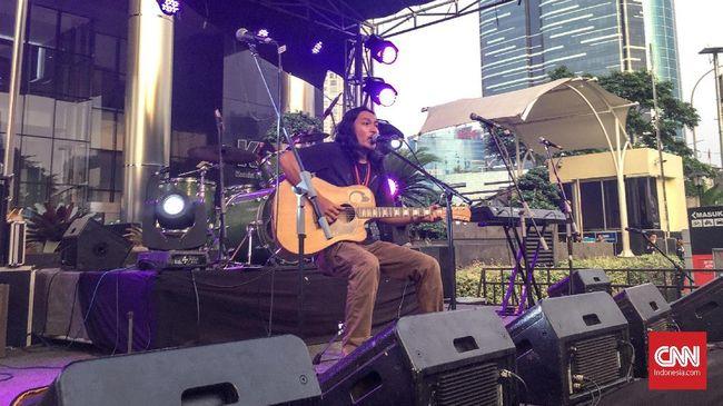 Band grunge asal Bali, Navicula, angkat suara terkait RUU Permusikan melalui sebuah lagu baru kritis bertajuk 'Dagelan Penipu Rakyat'.
