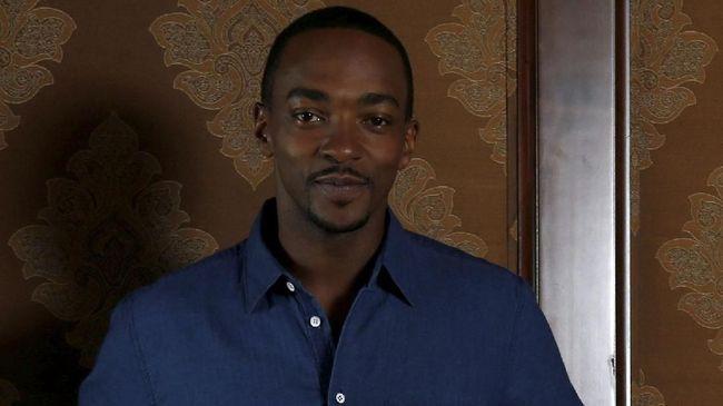 Anthony Mackie yang selama ini dikenal sebagai Falcon di Avengers, disebut-sebut akan ikut bermain di salah satu episode 'Black Mirror' musim kelima.