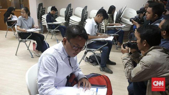 Ketua Panitia SBMPTN 2018 Ravik Karsidi menyatakan bahwa pelbagai kecurangan saat ujian SBMPTNI bisa diantisipasi dan diatasi.