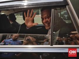 Pulang Ziarah di Kalibata, Gatot dan Purnawirawan TNI Didemo