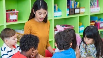 Anak Indonesia Bangun Lebih Pagi, Tapi Lebih Singkat di Sekolah
