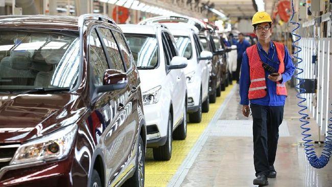 Wuling Indonesia akan menaikkan harga jual kendaraan. Kenaikan harga jual bukan karena melemahnya nilai tukar rupiah terhadap dolar AS.