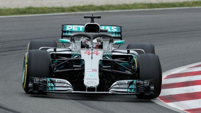 Juara bertahan F1 Lewis Hamilton merebut pole balapan GP Prancis setelah mengalahkan rekan setimnya di Mercedes, Valtteri Bottas, pada babak kualifikasi.