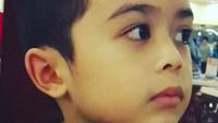 <p>Throwback saat Kiano masih kecil. Nggemesin banget ya! (Foto: Instagram/ @novasoraya16) </p>