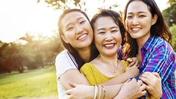 Bisa Dicoba Nih, Bun, Tips agar Jadi Ibu yang Bahagia