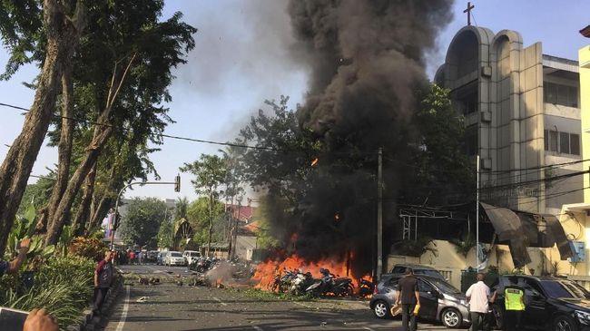 Daya ledak bom di Gereja Pantekosta merupakan yang terbesar di antara ketiga ledakan.