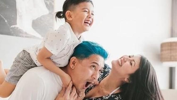 Sharena menganggap quality time bersama anak nggak cuma soal durasi. Quality time bersama anak memiliki arti lebih dari itu.