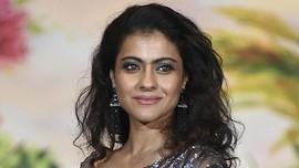 Aktris Bollywood Kajol Perkenalkan 'Kembaran' di Singapura