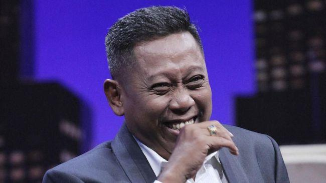 Kondisi komedian Tukul Arwana disebut pihak keluarga semakin membaik usai menjalani operasi di Rumah Sakit Pusat Otak Nasional.