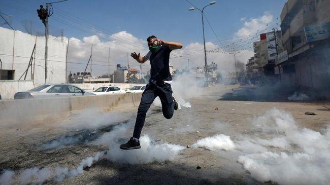 Coba Tabrak Tentara Israel, Warga Palestina Ditembak Mati