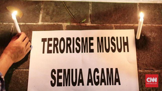 DPR dan pemerintah menyatakan penundaan pengesahan revisi beleid UU Terorisme karena terjadi perdebatan berkutat pada soal definisi terorisme.