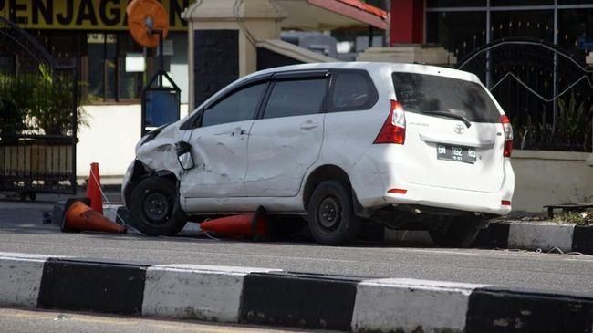 Pelaku teror memilih menggunakan kendaraan minibus Avanza untuk melancarkan aksi beberapa hari terakhir.