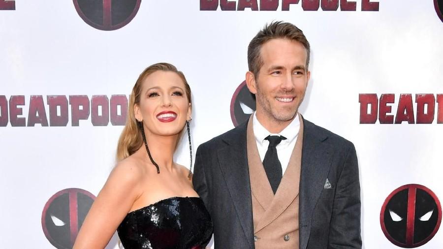 Cerita Istri Ryan Reynolds, Masih Sempat Nyetir Saat Kontraksi