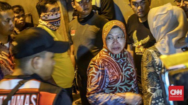 Kabiro Humas Pemkot Surabaya menerangkan kondisi Risma stabil, namun tak boleh banyak bergerak, beraktivitas berat, dan berjalan kaki jauh.
