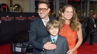 <p>Mereka juga sudah punya dua anak yang manis-manis dan satu anak dari pernikahan Robert sebelumnya. (Foto: Getty Images/Charley Gallay)</p>