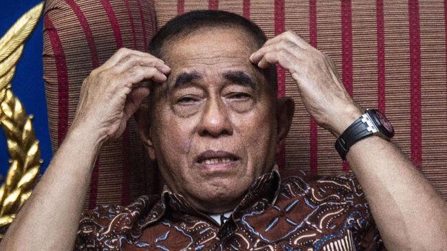 Menteri Pertahanan Ryamizard Ryacudu menegaskan setiap organisasi di Indonesia harus sejalan dengan Pancasila. Ideologi perekat bangsa harus dipertahankan.