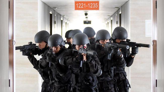 Jepang mengaku telah mendapat informasi intelijen bahwa ada peningkatan risiko ancaman teror seperti bom bunuh diri di Indonesia dan 5 negara Asia Tenggara lainnya.