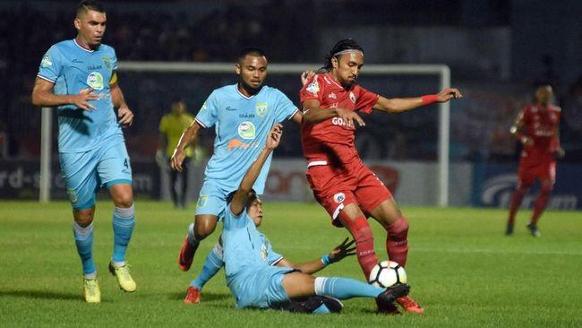 Pelatih Persela Lamongan, Aji Santoso menegaskan siap untuk menjegal langkah Persija Jakarta menuju juara Liga 1 2018.