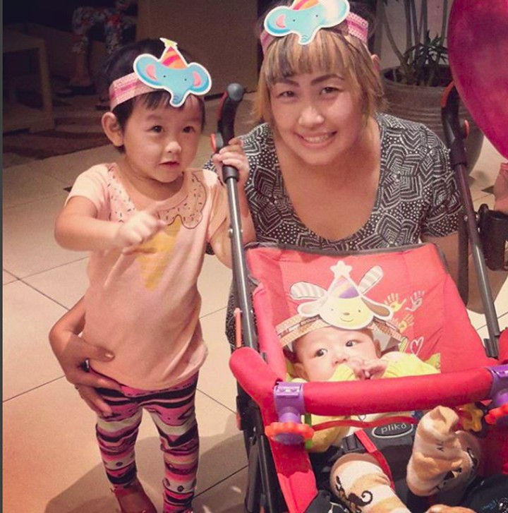 Yuk intip bagaimana penyanyi Pinkan Mambo menghabiskan waktu bersama putra-putrinya.