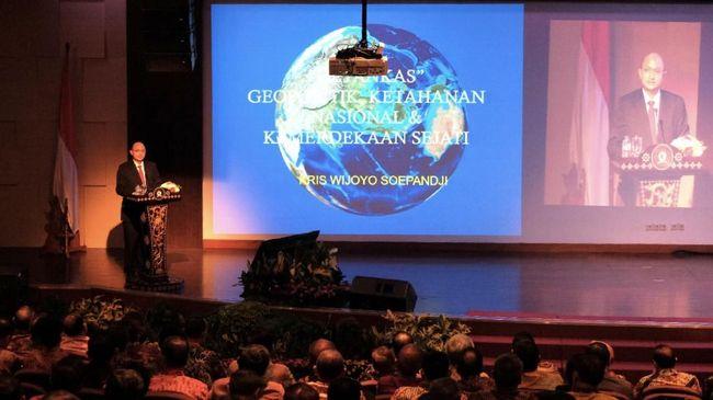 Tokoh muda Kris Wijoyo Soepandji menyatakan saat ini terjadi perang generasi keempat yang mengutamakan faktor legal dan etika.
