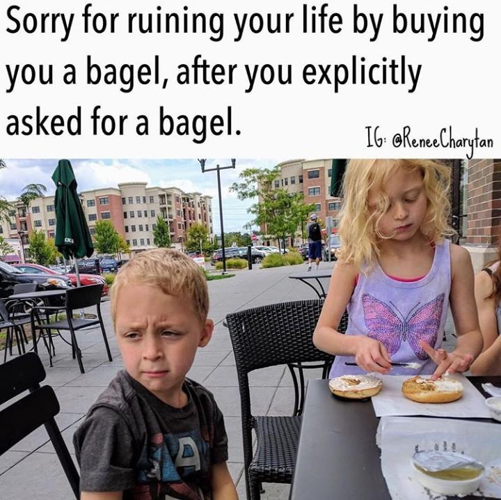 <p>Anak minta makanan tertentu, tapi ketika sudah dibelikan makanan yang diinginkan malah ogah-ogahan makannya. Hiks, sedihnya. (Foto: Instagram @reneecharytan)</p>
