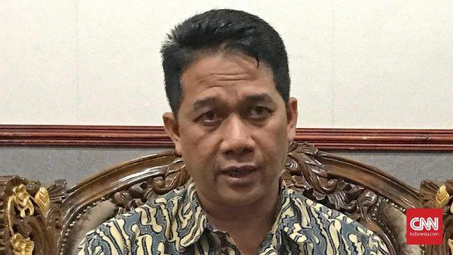 Majelis hakim PTUN Semarang menyatakan pencopotan jabatan Suteki selaku Ketua Prodi Magister Ilmu Hukum Undip sudah sesuai aturan.