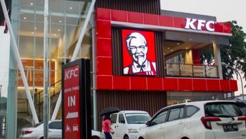 KFC Tumbang Tutup Gerai, Potong 50% THR Karyawan