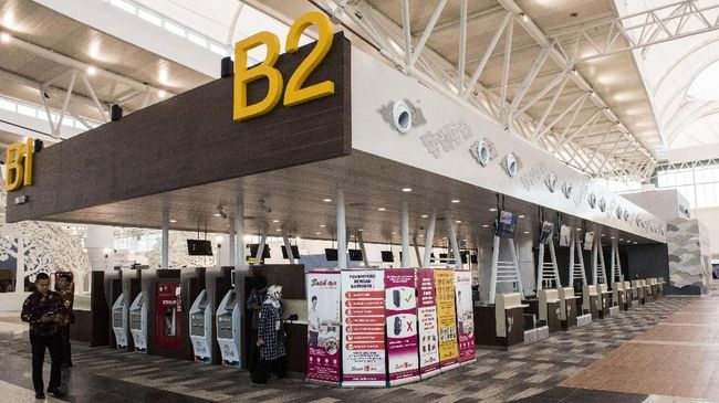 Pemindahan rute penerbangan dari Bandara Internasional Husein Kertanegara, Bandung ke Bandara Kertajati akan dilakukan secara bertahap mulai 15 Juni 2019.