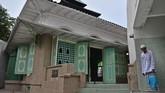 Selain sebagai tempat beribadah, masjid-masjid ini juga menjadi destinasi wisata sekaligus cagar budaya yang menyimpan nilai historis tinggi.