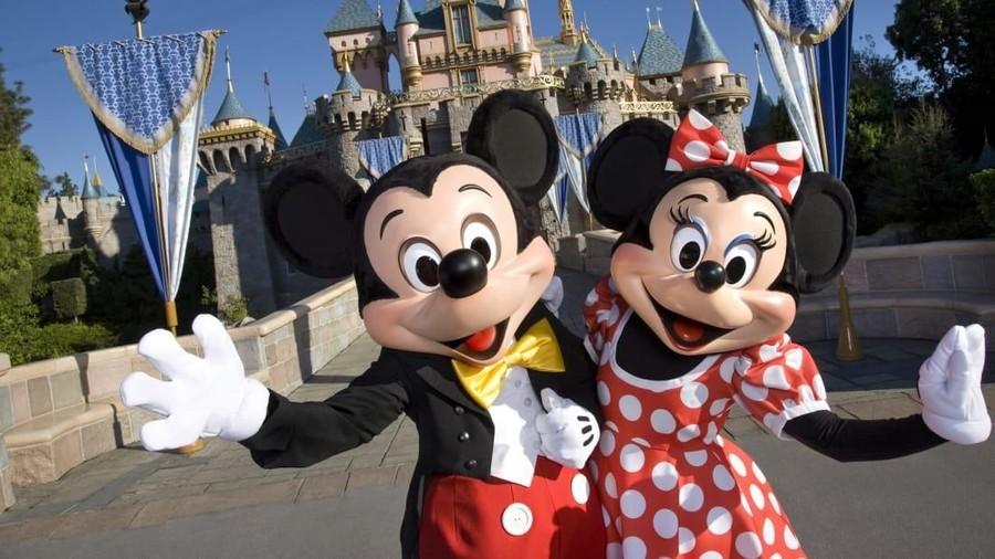 5 Alasan Ilmiah Pergi ke Disneyland Pengaruhi Kecerdasan Anak