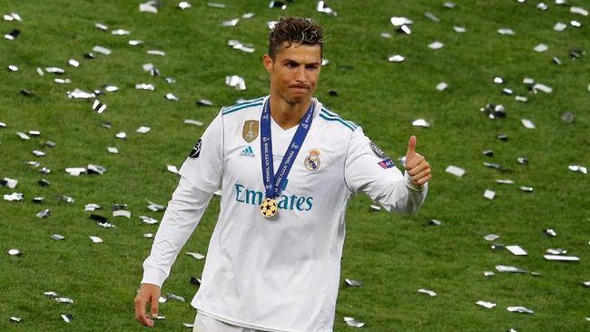 Transfer Cristiano Ronaldo ke Juventus turut membawa perubahan untuk gim FIFA 19 dan kisah Alex Haunter di fitur 'The Journey'.