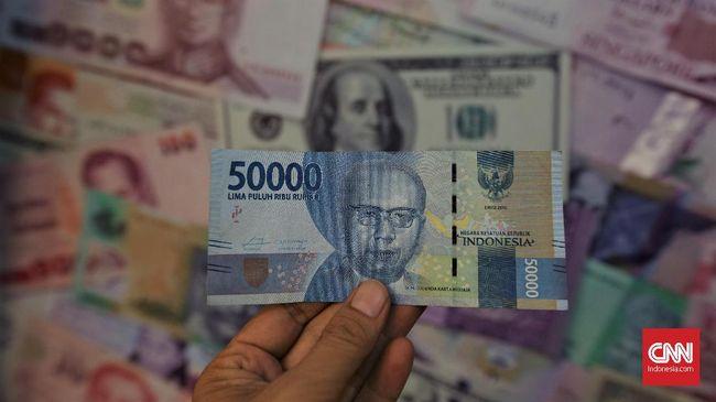 Nilai tukar rupiah melemah 0,14 persen ke posisi Rp14.795 per dolar AS pada perdagangan pasar spot Jumat (14/8) sore.